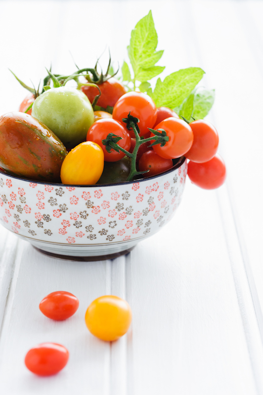 Bowl of fresh mixed tomatoes